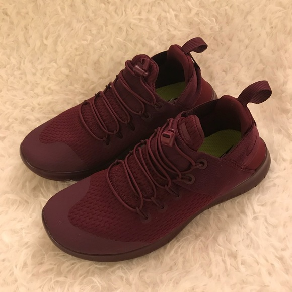 e7b9d93dc674 Nike Free Run Commuter 2017 Burgundy Women s. M 5aaaf6da45b30ce1674723fd.  Other Shoes ...